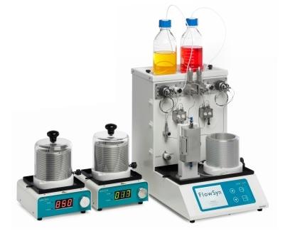 Реактор потока для производства в килограммовых масштабах